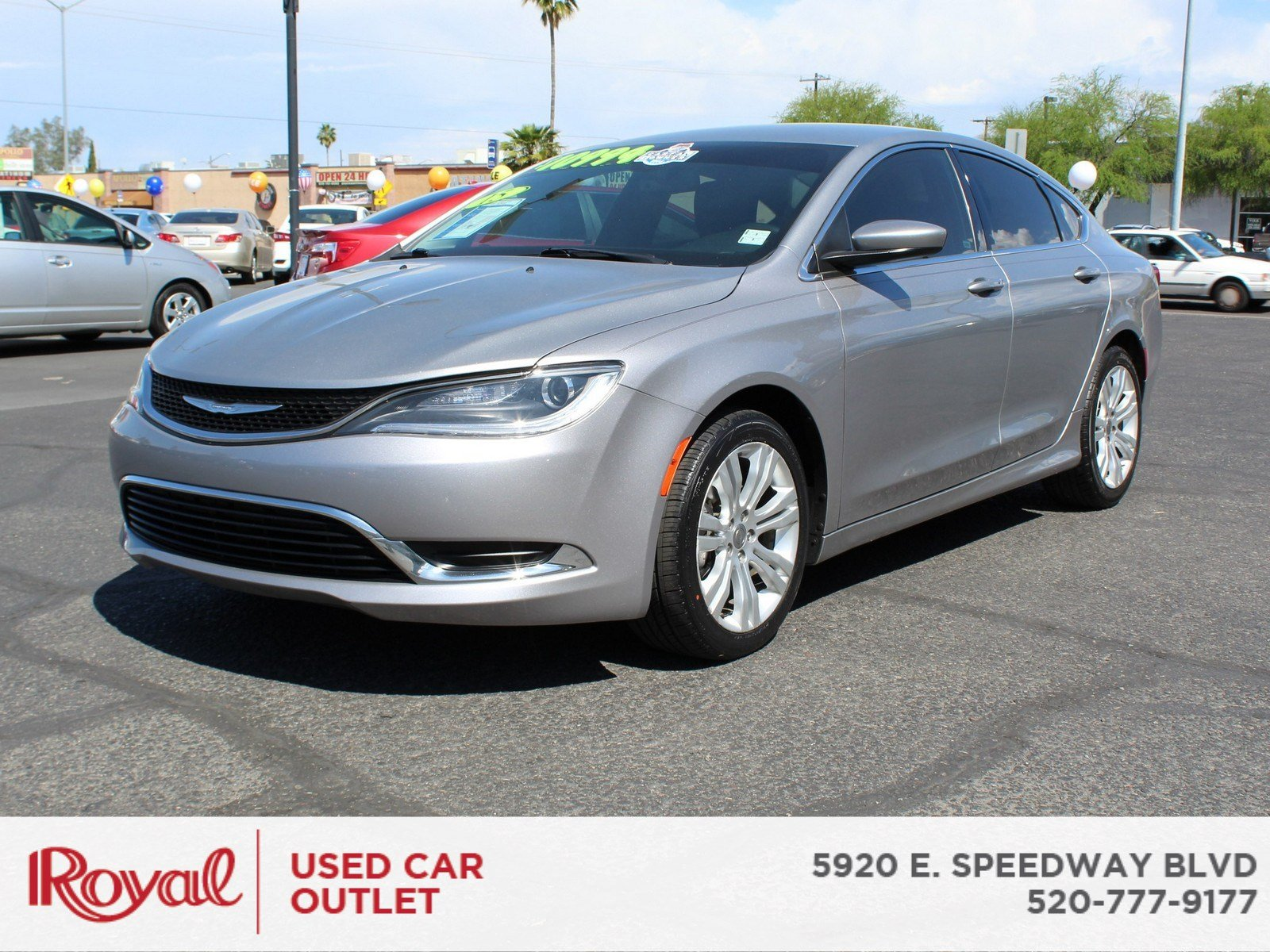 Chrysler 200 Limited >> Pre Owned 2015 Chrysler 200 Fwd Limited In Tucson W60c3960a Mini