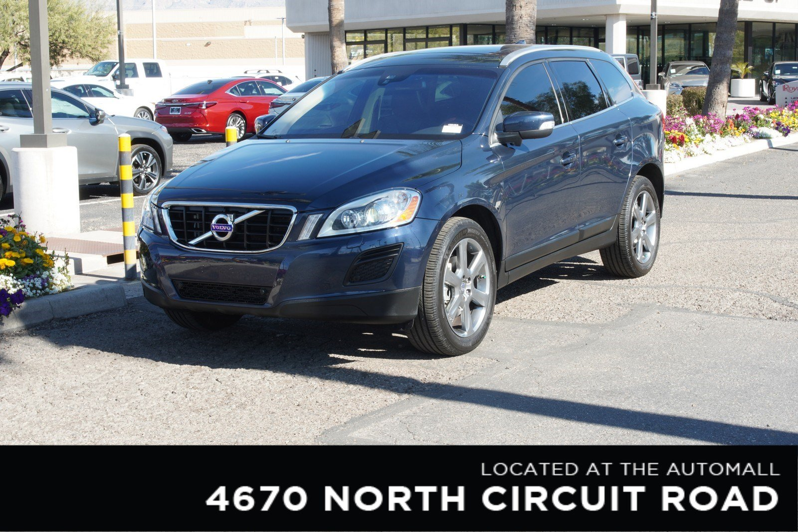 Pre-Owned 2013 Volvo XC60